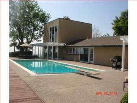 pool-south-2013